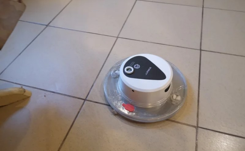 Робот-пылесос Scarlett