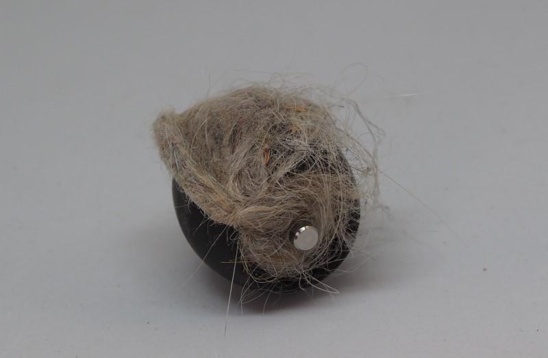 Передний ролик робота-пылесоса Сяоми наматывает волосы